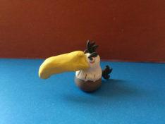 "Персонаж игры ""Angry Birds"" из пластилина"