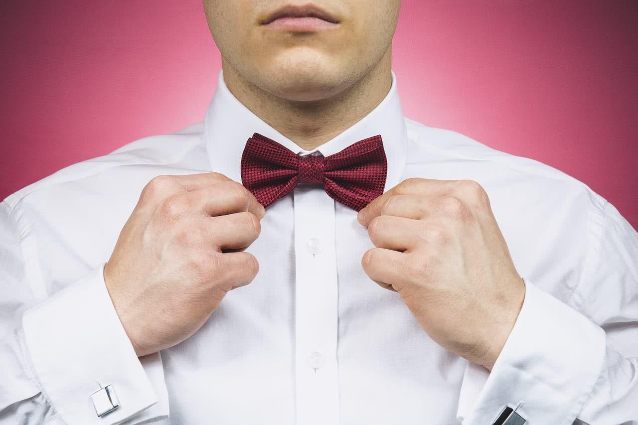 Как правильно стирать белые рубашки