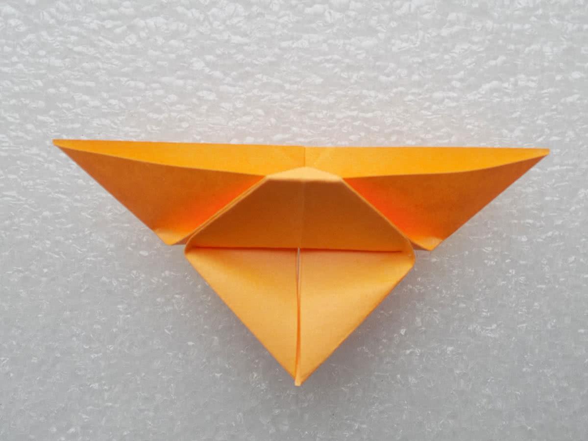 Оригами бабочка шаг 8