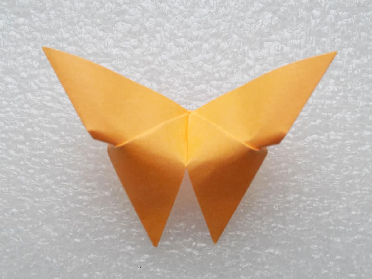 Оригами бабочка шаг 10