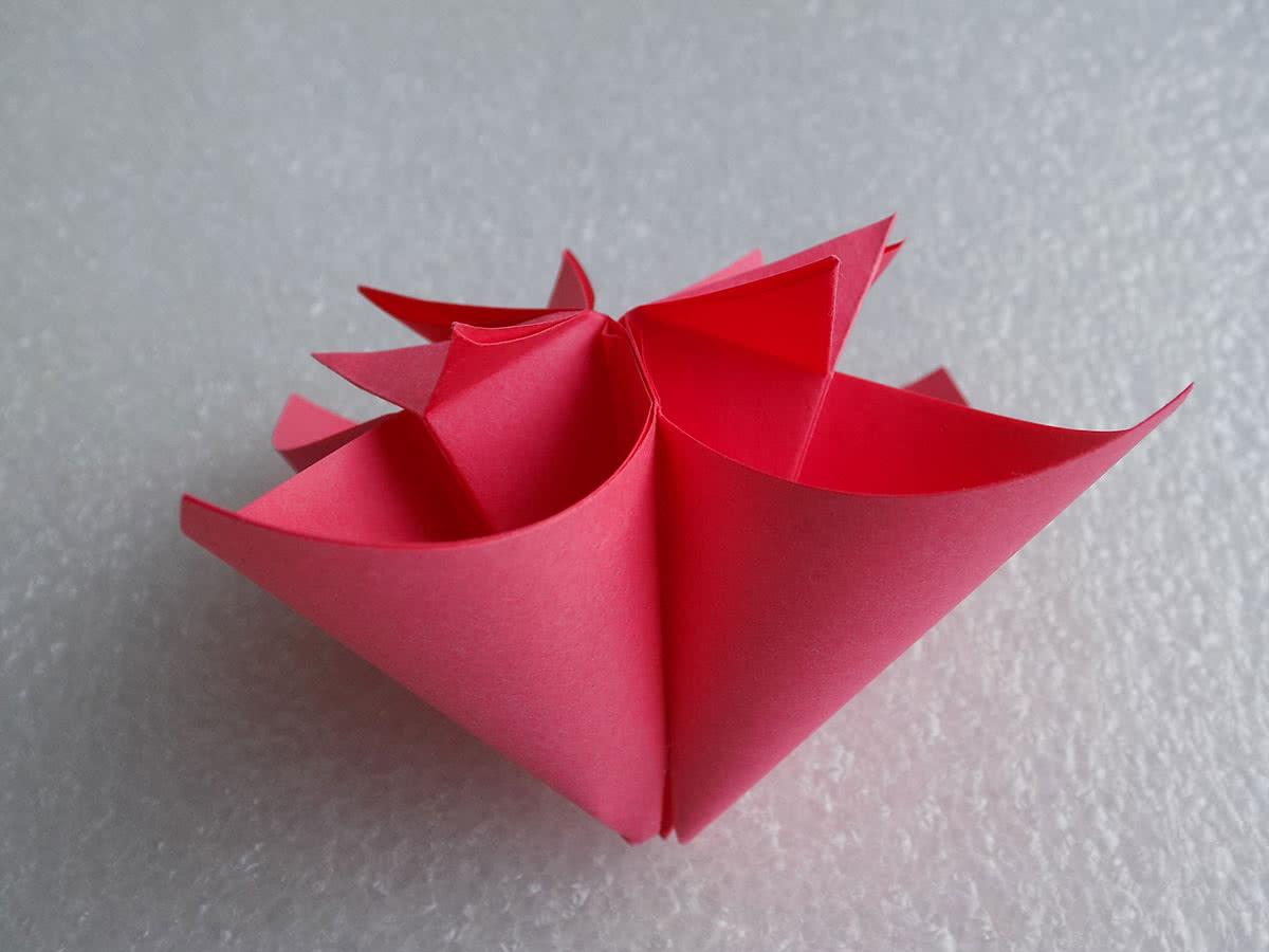 Оригами цветок шаг 17