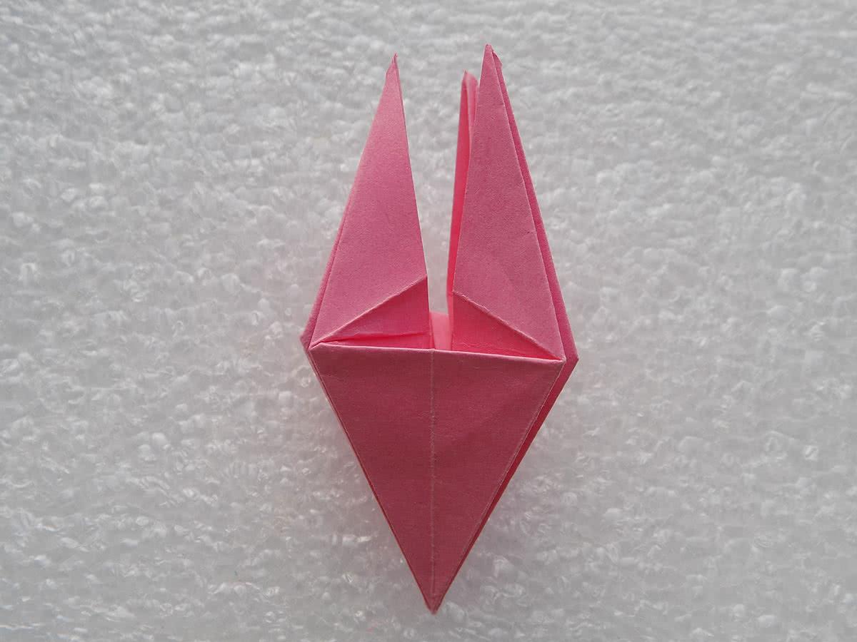 Оригами лилия шаг 17