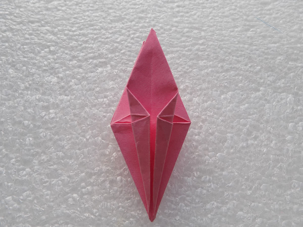 Оригами лилия шаг 19