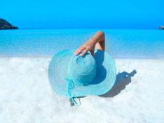 Как вести себя на нудистском пляже