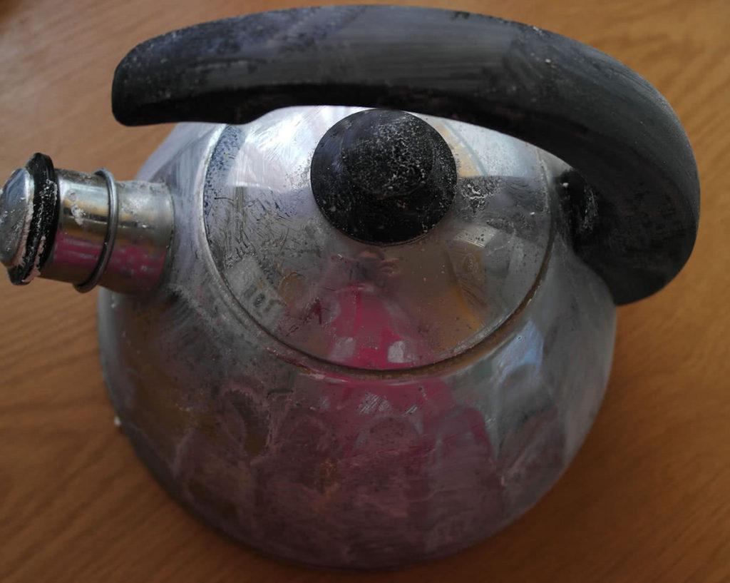 Как почистить чайник в домашних условиях содой  871