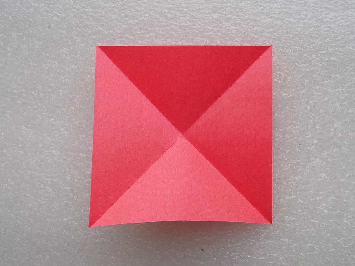 Солнце оригами шаг 1