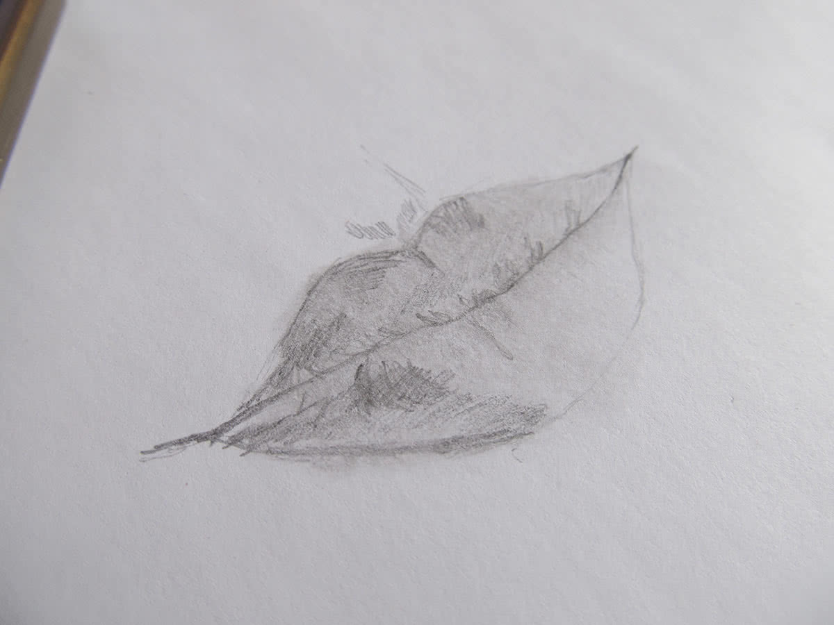 рисунок губ карандашом