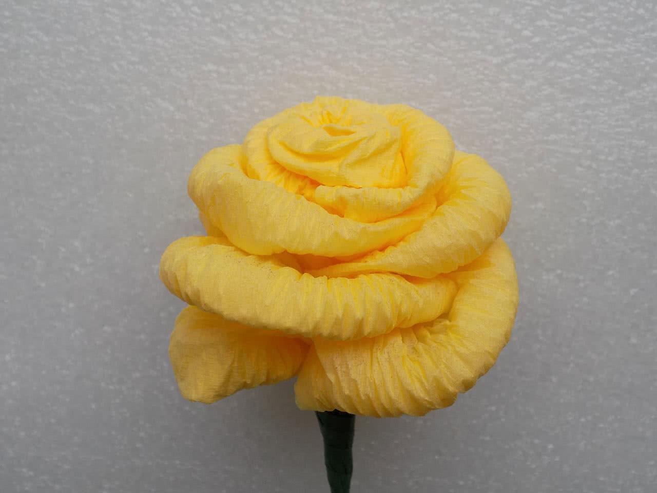 Цветы из салфеток своими руками 40