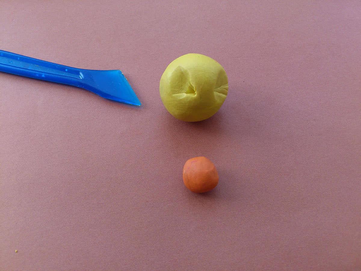 Утёнок из пластилина шаг 3