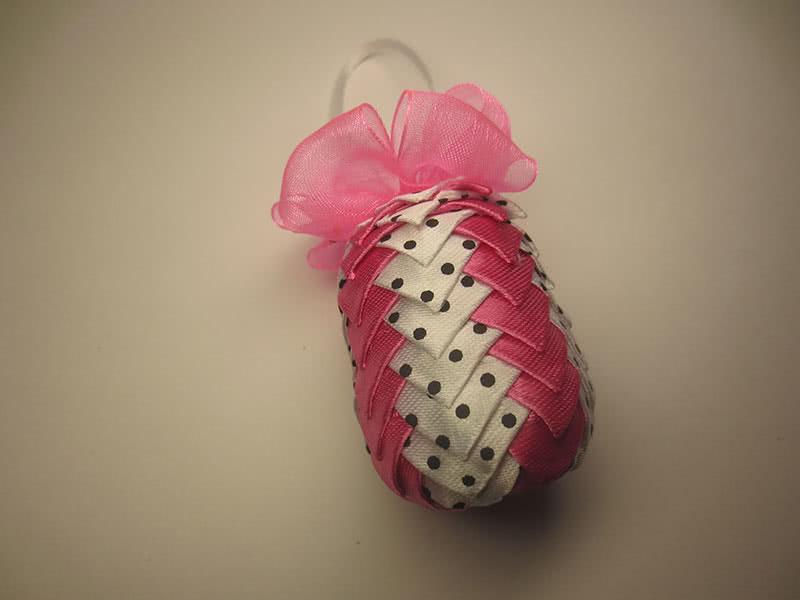 Ёлочная игрушка шишка