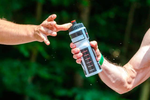 Надо ли пить воду на тренировке