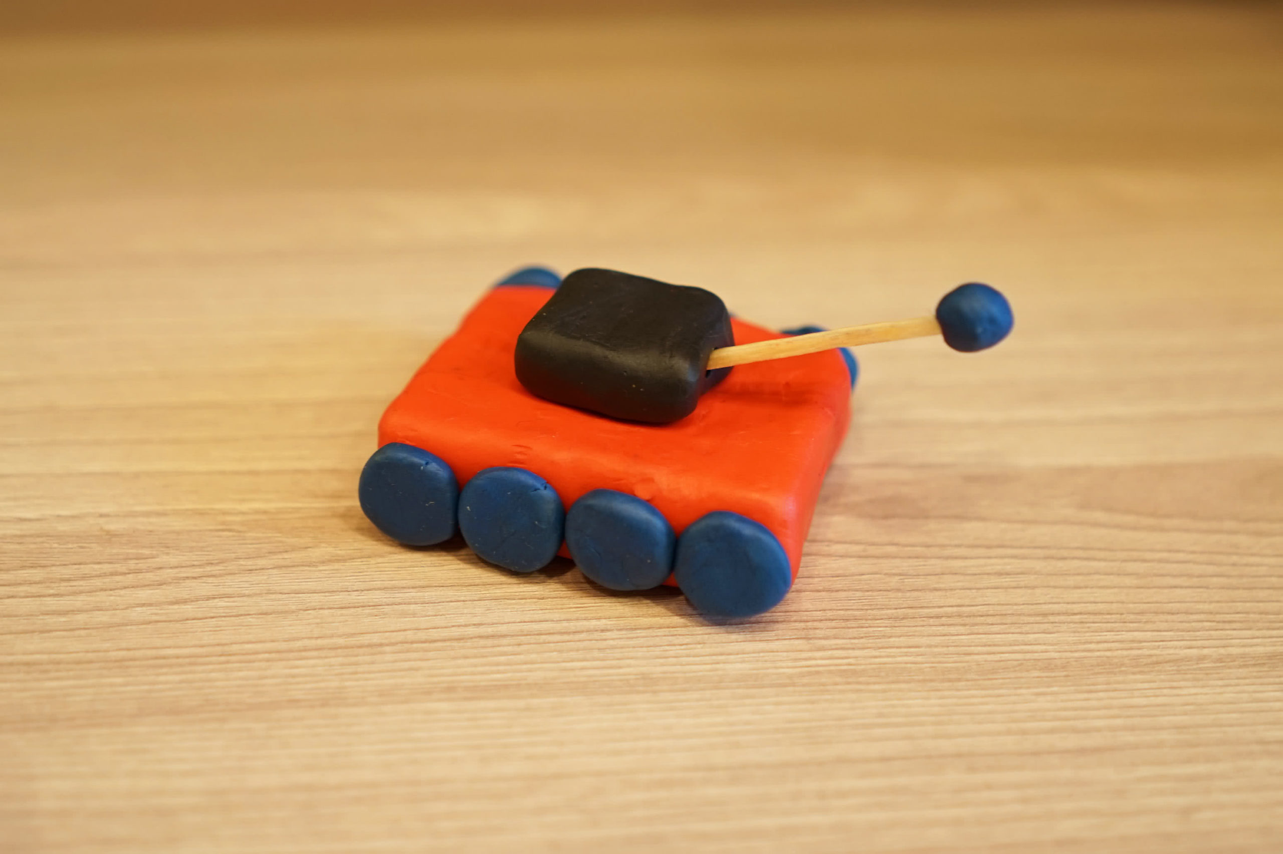 Машинка из пластилина своими руками картинка детям