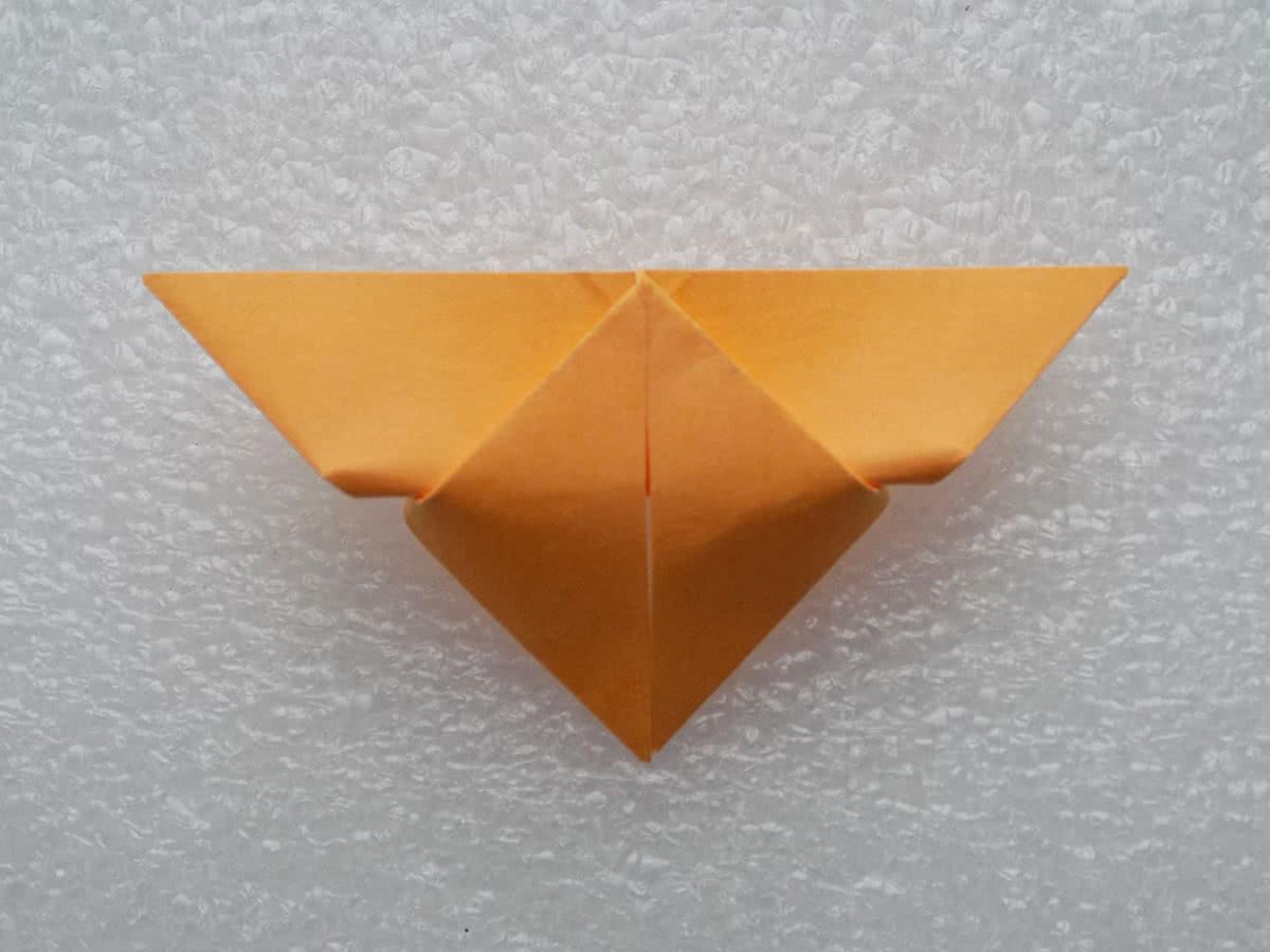 Оригами бабочка шаг 9