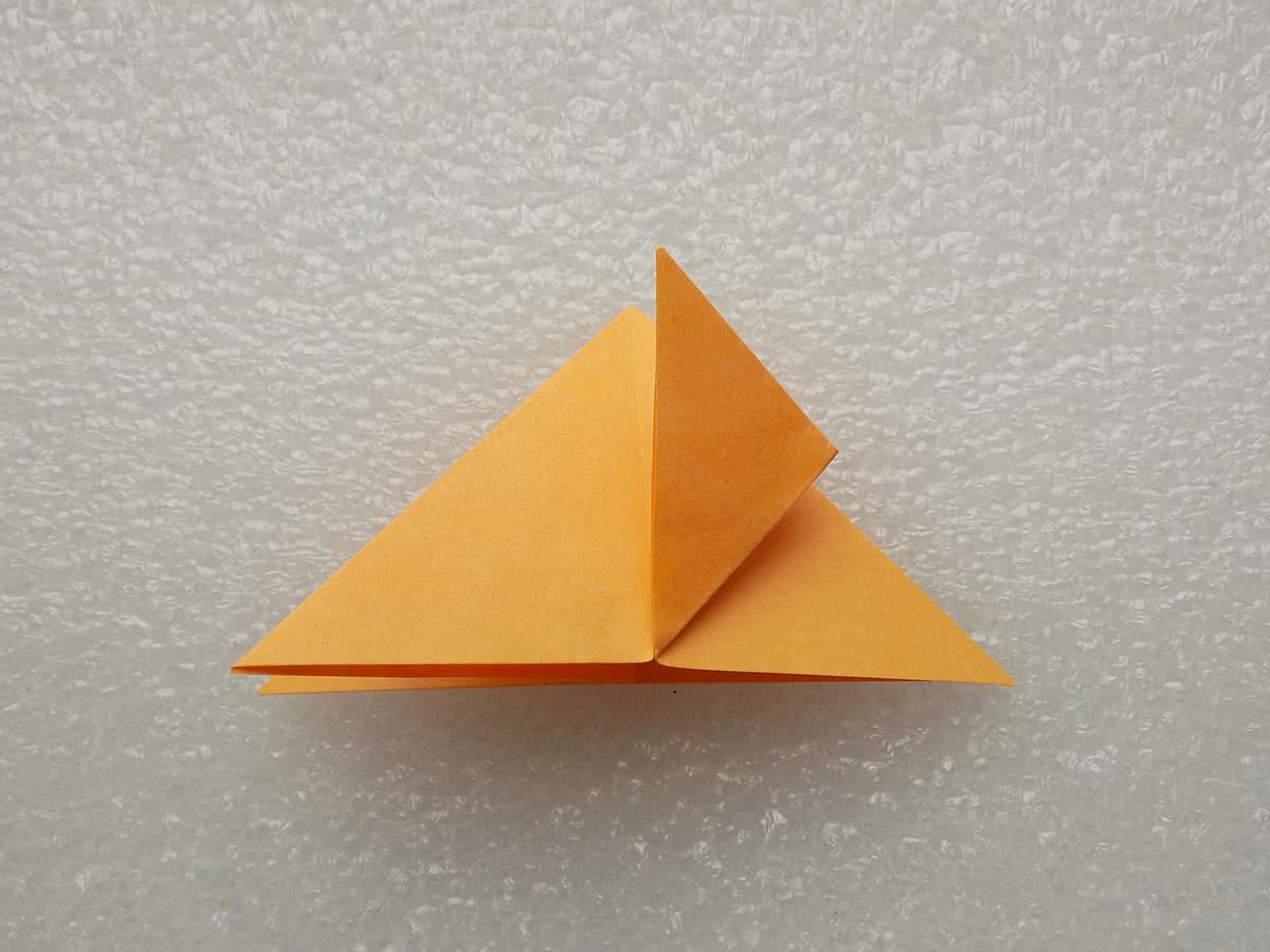 Оригами бабочка шаг 4
