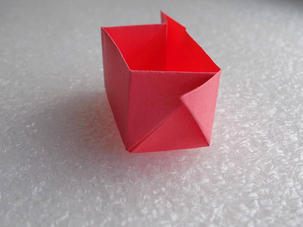 Оригами коробочка шаг 16