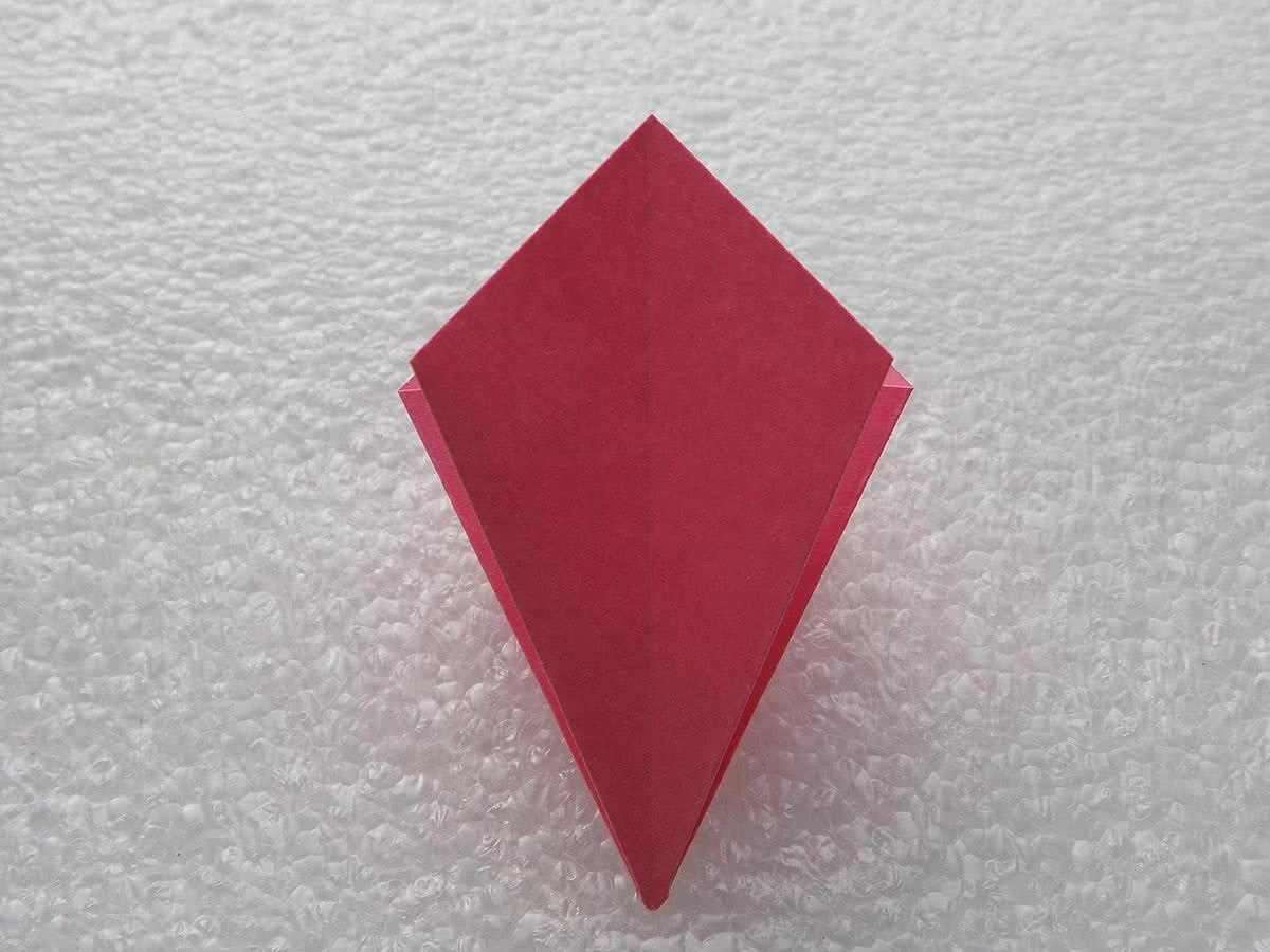 Оригами лилия шаг 8