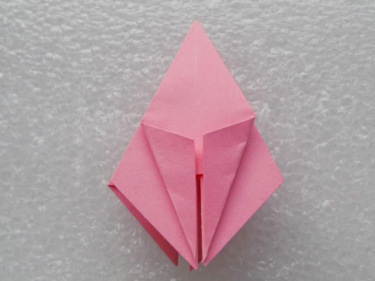Оригами лилия шаг 10