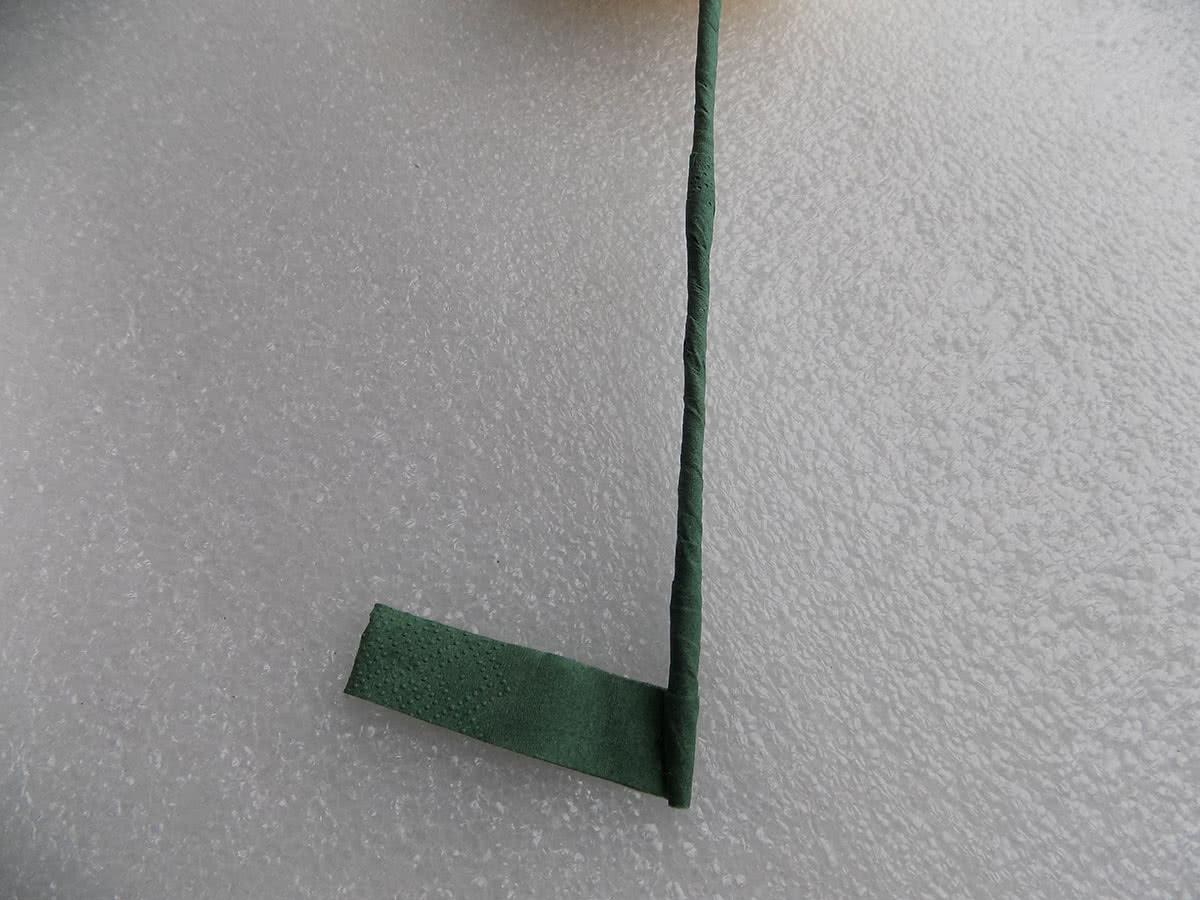 Роза из бумажных салфеток шаг 14
