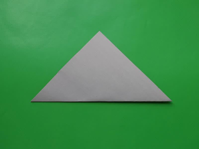 Гриб оригами шаг 1