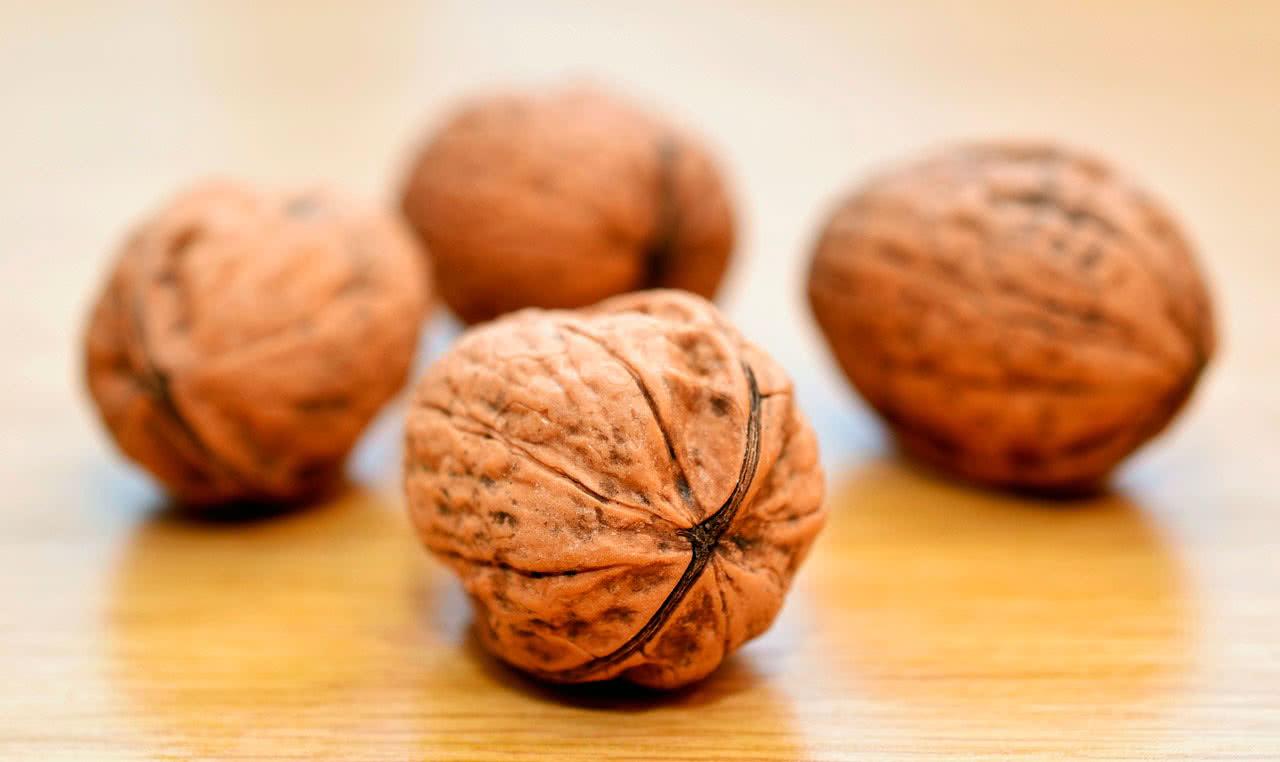 Грецкие орехи польза