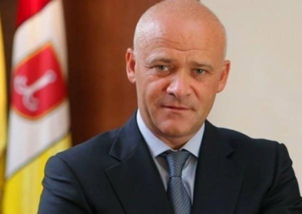 Мэр Одессы скрывает своё незаконно нажитое имущество при помощи родственников