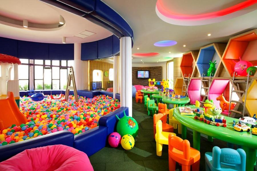 Отель с детской комнатой: почему это удобно