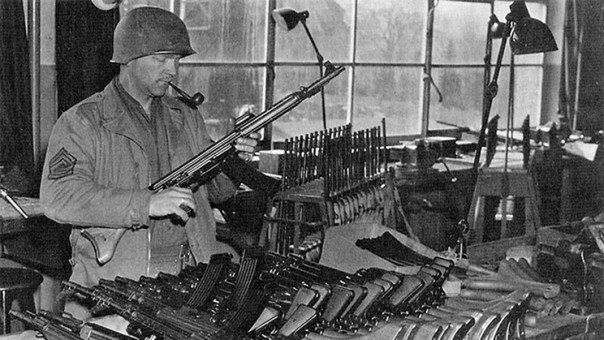 Первые трофейные MaschinenKarabiner 42: кто и когда захватил новое оружие?