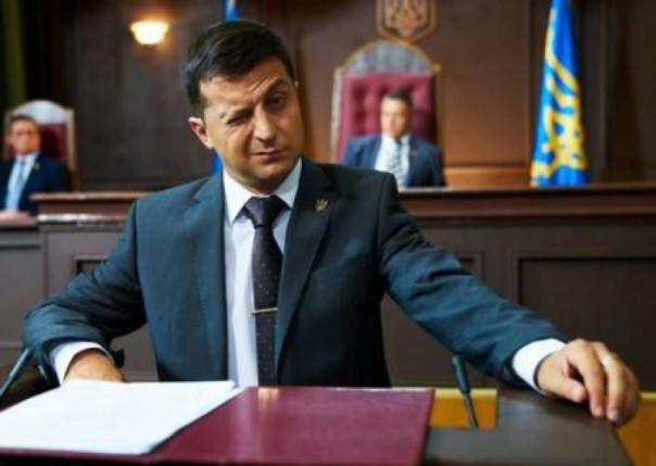 Даниил Богатырёв: Зеленский сконцентрировал в своих руках такую власть, что не снилась ни Порошенко, ни Януковичу