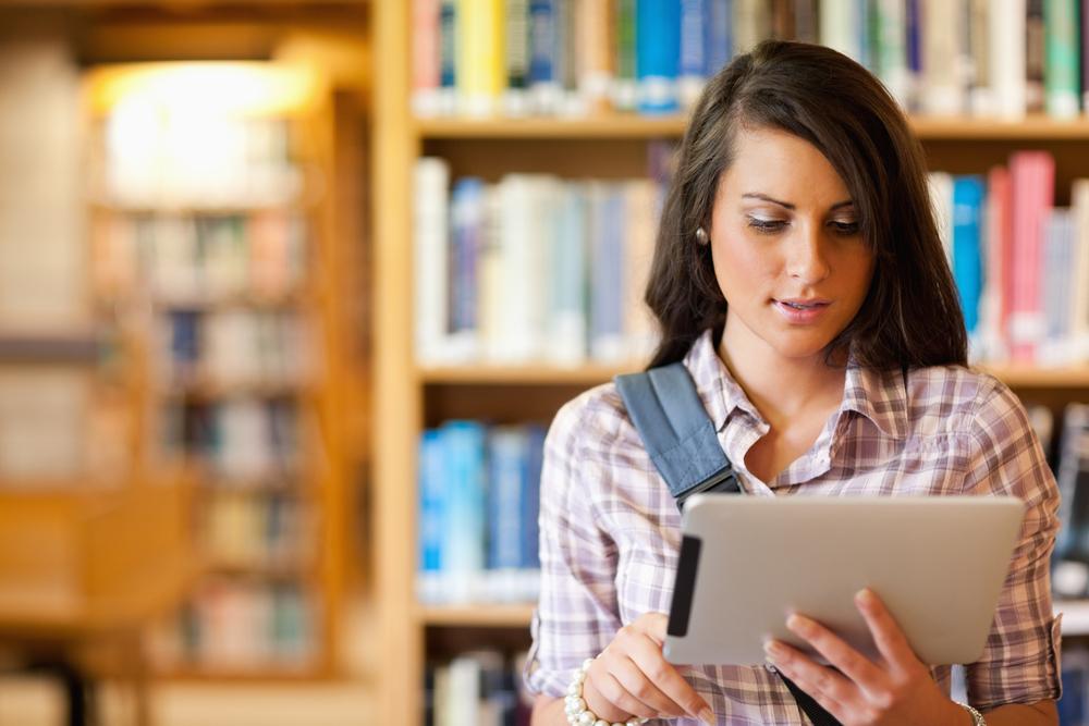 Чем удобно читать книги онлайн