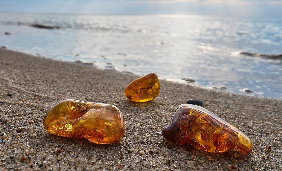 По каким признакам распознать камни солнца
