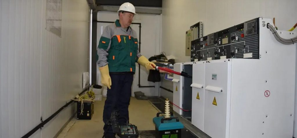 Электромонтажные работы и проведение электрозамеров в электролабораториии