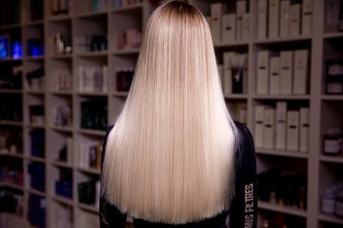 Окрашивание волос. Особенности и виды